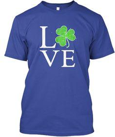 Irish Clover Love Shirt. St. Patrick's D Deep Royal áo T-Shirt Front