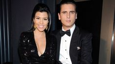 https://celebrity.yahoo.com/blogs/celeb-news/kourtney-kardashian-gives-birth-191433555.html