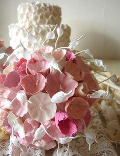 Matrimonio ecologico, Roma: bouquet ecologico   Green Wedding : paper bouquet, bouquet di carta     Alessandra Fabre Repetto  www.alessandrafabre.com