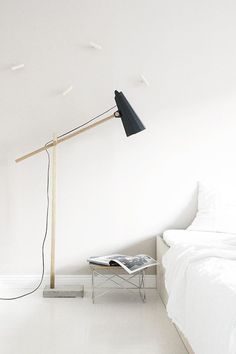 Eames Low Wire Base Table