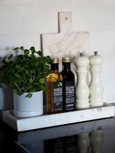 Fabulous Things - Blogi | Lily.fi Home Interior, Kitchen Interior, White Balsamic Vinegar, Apartment Makeover, Kitchen Styling, Lily, House Design, Lifestyle, Simple