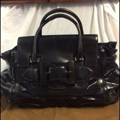 Selling this Authentic Gucci Dialux Queen large leather satchel in my Poshmark closet! My username is: b287807. #shopmycloset #poshmark #fashion #shopping #style #forsale #Gucci #Handbags