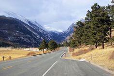 Accros aux vacances au ski, bonjour ! Vous avez testé les plus grands domaines skiables français et vous souhaitez vous attaquer aux sommets américains ? No problem, je vous propose une sélection de 10 stations Made in USA situées dans le mythique état du Colorado. Let's go !
