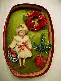 RARE+EARLY+ANTIQUE+BISQUE+MIGNONETTE+DOLL+IN+ORIGINAL+PRESENTATION+CHRISTMAS+BOX+