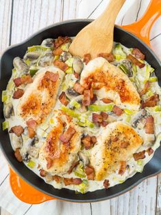 This White Wine Chicken with Mushrooms, Bacon and Leeks is creamy, rich and so easy to make! Perfect for entertaining or every day dining.