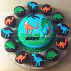 T-rex cake and cupcakes
