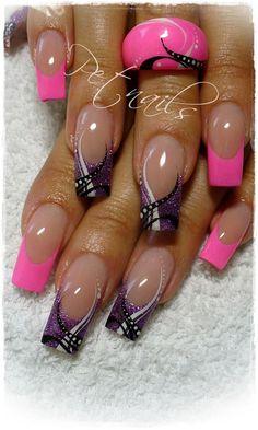 Pink and black French tip nails Great Nails, Fabulous Nails, Gorgeous Nails, Finger Nail Art, French Tip Nails, Toe Nail Designs, Hot Nails, Purple Nails, Fancy Nails