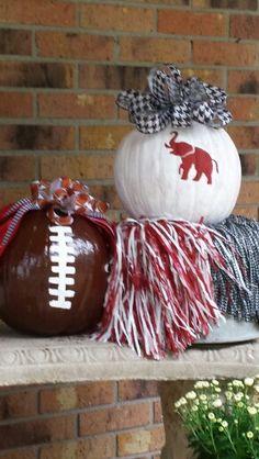 Always Celebrating The Crimson Tide! Crimson Tide Football, Alabama Football, Alabama Crimson Tide, College Football, Alabama College, Pumpkin Decorating, Porch Decorating, Decorating Ideas, Alabama Crafts