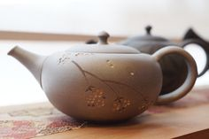 Japanese tea pot by Takao Tozuki
