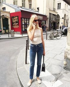 You Won't Catch French Girls Wearing These Jeans - You Won't Catch French Girls Wearing These Jeans via Who What Wear - Kylie, Quoi Porter, Minimal Outfit, Shops, Ootd, French Girls, French Chic, Vintage Jeans, Trends