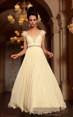 素敵なドレスにモデルの髪もそびえ立つ!! 高級ロングドレス♪ - ロングドレス・パーティードレスはGN|演奏会や結婚式に大活躍!