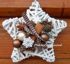 Christmas Makes, Christmas Design, Christmas Colors, Rustic Christmas, Christmas Projects, Holiday Crafts, Christmas Time, Vintage Christmas, Holiday Decor