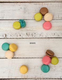 These Deeghuys Macarons are so vibrant and tasty! Home Baking, Macarons, Make It Simple, Vibrant, Tasty, Entertaining, Food, Essen, Macaroons