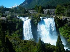 Parque Nacional Conguillo, Temuco. Chile Places To Travel, Places To Visit, Parque Natural, Beautiful Places In The World, Study Abroad, Trekking, South America, Places Ive Been, Waterfall