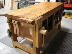 Lake Erie Toolworks, Roubo Workbench, Shaker Style Workbench, Leg Vise, Wooden Vise