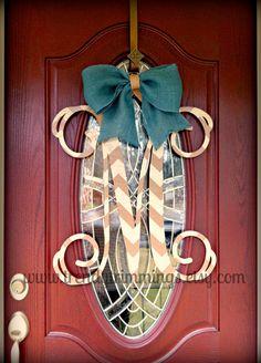 24 Wooden Monogram Letter Interlocking Script by TrendyTrimmings Front Door Monogram, Wooden Monogram Letters, Framed Monogram, Wood Crafts, Fun Crafts, Paint Chevron, Monogram Painting, Picture Letters, Wooden Signs