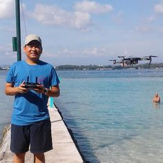In between the PCOO Roadshow and the ASEAN launching went on a Samal Island date with this one (not the old man photobomber but the drone). #MavicPro #MavicProPH #MavicProPhilippines #ParadiseIsland #SamalIsland #pilotwithdrone