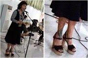 Menteri Susi Tertawa Lihat Foto dan 'Meme' Dirinya Sendiri - Tribunnews.com