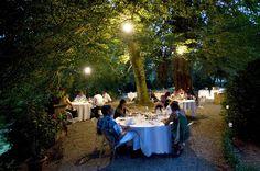 Villa Contessa Rosa - Ristorante  Tenuta di Fontanafredda - Serralunga d'Alba    Suggestive cene a lume di candela nel parco, sotto le fronde di una sequoia secolare!