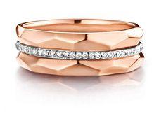 Or rose et diamantsCombinaison de bagues en or rose et diamants.One More, 1 613 €.