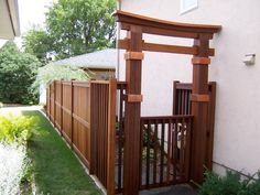 craftsman style garden gate pic | Fencing/Gates---Structures that keep us in/out of a space. (Welcoming ...