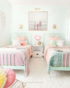 Magnificent Find small space solutions and decorating ideas for shared kids' bedrooms, from pretty pastels to bright patterns and more.  The post  Find small space solutions and decorating ideas fo ..