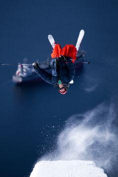 Skiing above the sea #freeride