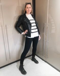 How to style a moro jacket - wear with sweater, leggings and lace-up boots | For more style inspiration visit 40plusstyle.com How To Wear Leggings, Photos Of Women, Fashion Over 40, Lace Up Boots, Cool Style, Trousers, Normcore, Style Inspiration, Black And White