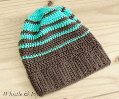 Crochet Striped Hipster Slouchy Beanie - 10 Easy and Free Crochet Patterns for Your Baby | 101 Crochet