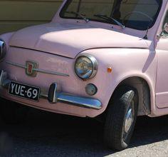 pinkki auto