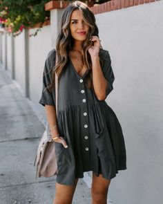 Great outfit idea to copy ♥ For more inspiration join our group Amazing Things ♥ You might also like these related products: - Dresses ->. Cute Summer Outfits, Spring Outfits, Trendy Outfits, Fashion Outfits, Look Boho, Outfit Goals, Mode Inspiration, Spring Summer Fashion, Dress To Impress