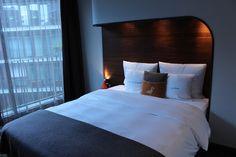 4 Freizeiten Hamburg Hotel 25hours Hafencity Bett