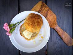 Yay, it's Friday!: Gluteenittomat kaura-porkkanasämpylät äidin reseptillä / Gluten-free bread rolls by mom