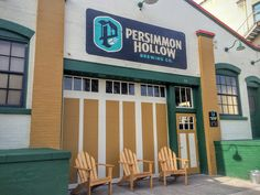 Drinking Local in DeLand at Persimmon Hollow Brewery | www.aladycrafter.com