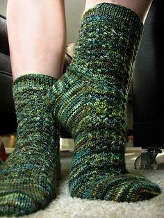 Aventurine socks are your solution to variegated yarns — the slip-stitch pattern helps break up pooling and creates intriguing texture. The pattern is offered in four sizes so you can knit these up for both the women & men in your life. These socks are knit from the top down with a traditional heel flap and gusset construction. Pick out your favorite hand-painted sock yarn, or choose a semi-solid for a more subdued look.