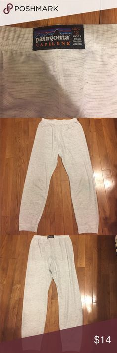 Patagonia Children's pants size 12 Can be wornunderneath for extra warmth or as is. Patagonia Bottoms
