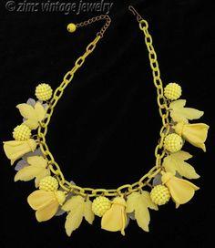 Vintage 1940's Yellow celluloid plastic FLOWER Leaf floral Charm chain NECKLACE #VintageCharmNecklace