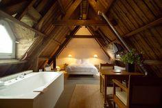 Mansarda Beautiful loft idea!