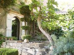 Nicole de Vésian garden - Bing images