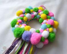 Lady with crochet: Pomponowy wianek / Diy pompons