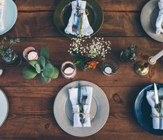 Backyard party table setting in Nashville (via The Fresh Exchange).