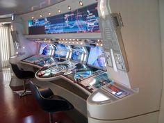 10 ways Kelvin Star Trek is better than Prime, and 5 ways it's Worse Spaceship Interior, Futuristic Interior, Armadura Steampunk, Star Trek Gifts, Star Trek 2009, Sci Fi Environment, Star Trek Starships, Custom Pc, Spaceship Concept
