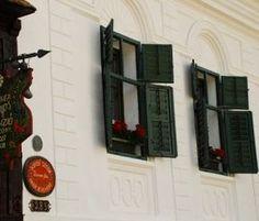 Rîmetea Turism Romania, Romania Travel, Cottages, Places To Go, Memories, Country, Beautiful, Memoirs, Cabins