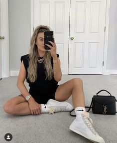 Sneaker Outfits, Tomboy Outfits, Fashion Outfits, Nike Blazers Outfit, Blazer Outfits For Women, Blazers For Women, Fall Outfits, Sneaker Trend, Sneakers Mode