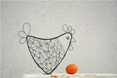 Slepička. Drátovaná dekorace. / Zboží prodejce RoníkoVo | Fler.cz Bird Cages, Wire Crafts, Wire Art, String Art, Birds, Crafty, Creative, How To Make, Diy