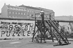 Am Bethaniendamm in Berlin-Kreuzberg 1987 West Berlin, Berlin Wall, East Germany, History, City, Cold War, Historia, Cities