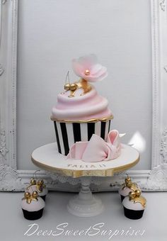 Giant Cupcake with a classy twist Big Cupcake, Giant Cupcake Cakes, Fondant Cakes, Cupcake Birthday, Adult Birthday Cakes, Rose Cupcake, Pretty Cakes, Cute Cakes, Beautiful Cakes