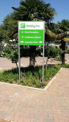 Holiday Inn Directional Signage #hotel #sign #green #direction #outdoor Hotel Signage, Directional Signage, Hotel Reception, Signs, Holiday, Green, Plants, Projects, Outdoor
