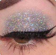 Glitter vem com tudo