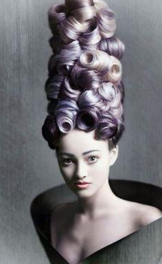 Pretty hair & makeup☺️